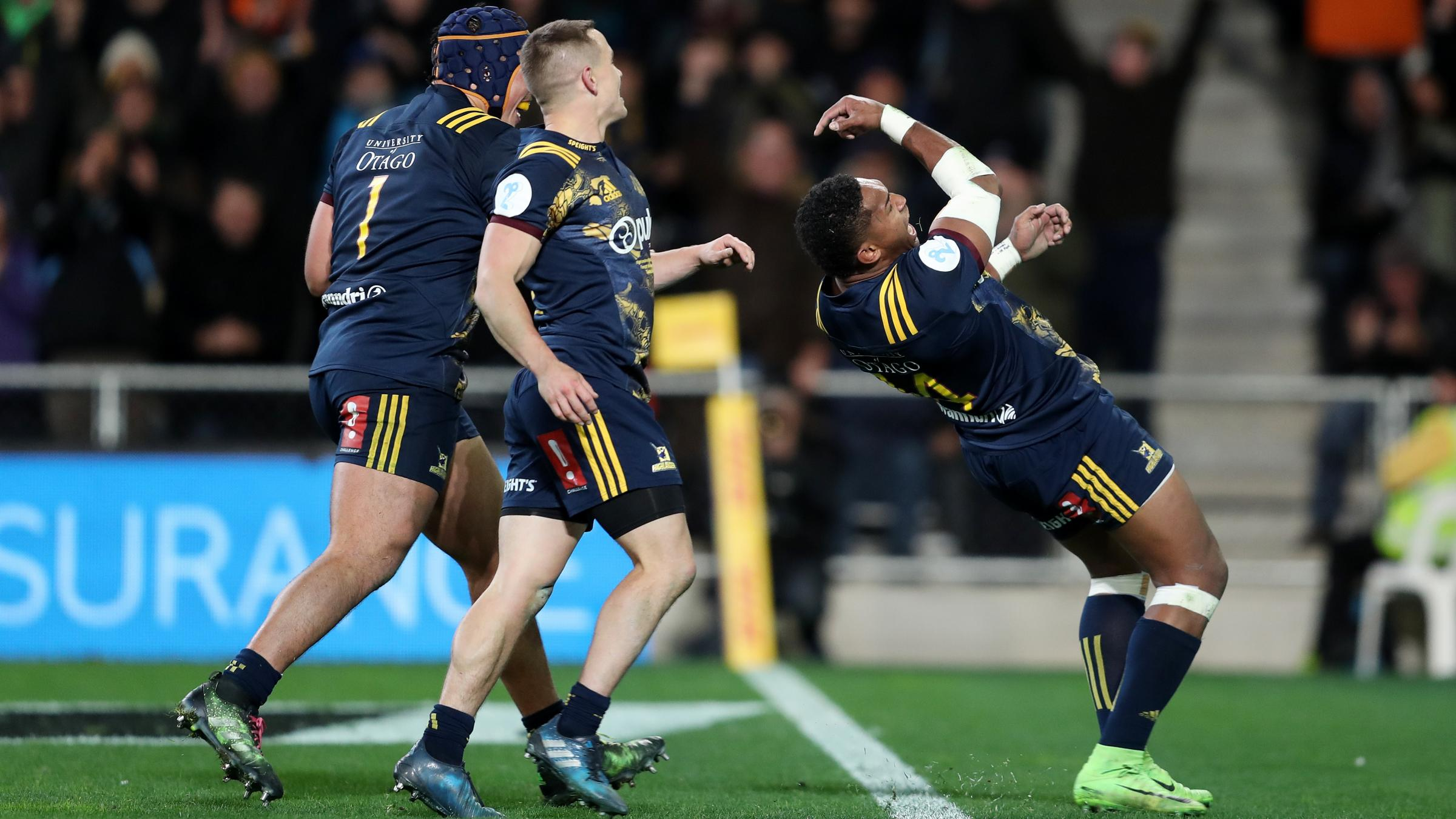 Farrell ruled out of Maoris clash, Sexton starts